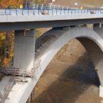 АЛЬФАПОЛ РФС: финишная ремонтная тиксотропная цементная гидроизоляционная смесь для поверхностно-восстановительных работ на бетонных, железобетонных, каменных и кирпичных основаниях как вертикальных, так и горизонтальных